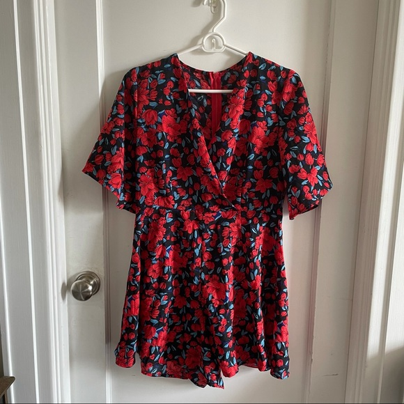 SHEIN Red and Blue Deep V Floral Romper